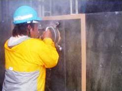 側溝清掃・吸引作業(広範囲に及ぶの浚渫作業状況)